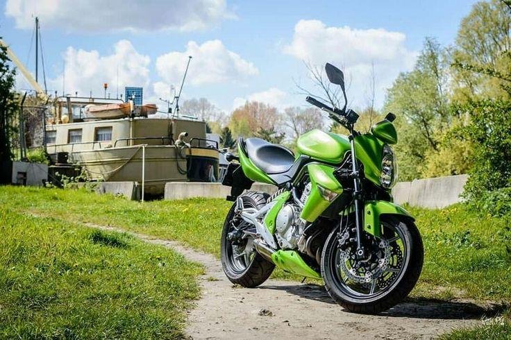 Kawasaki er6n 💚  De motor die wij hebben veranderd  En nu een nieuwe eigenaar heeft en er prachtige foto's van kan maken!