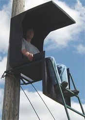 Overhead Chair - Deerstand - Bowhunting
