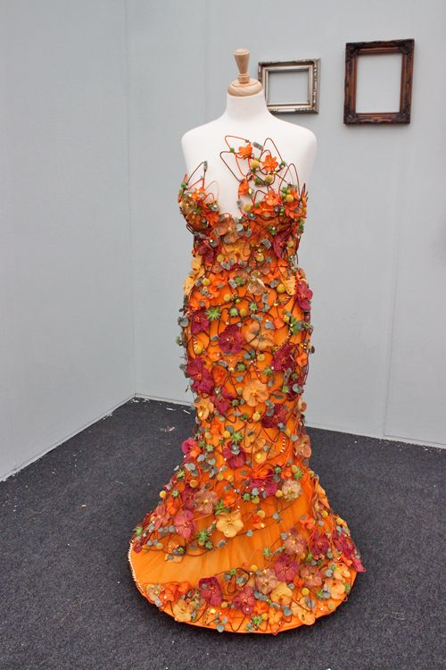 RHS-Young-Florist-of-the-Year-Competition-2014-Flowerona-Charlotte-Baker-Hubbards-Florist