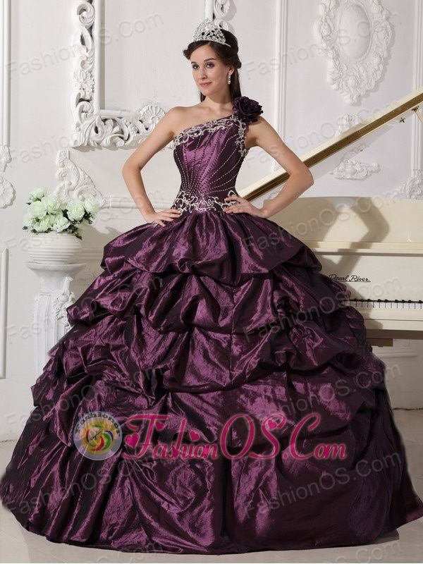 13 best 2013 Discount Quinceanera Dama Dresses images on Pinterest ...