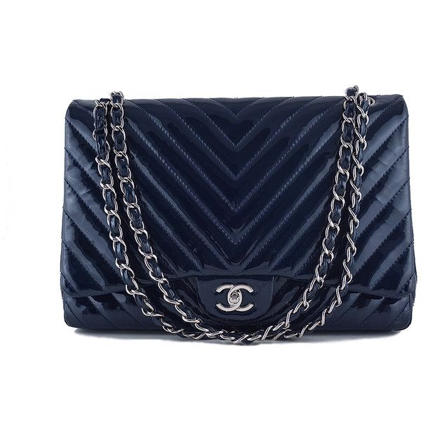 Pre-Owned Chanel Maxi Chevron Classic 2.55 Flap, Navy Blue Patent Bag ($3,950) ❤ liked on Polyvore featuring bags, handbags, navy blue, chanel handbags, patent leather handbags, navy blue purse, long strap purse and blue purse