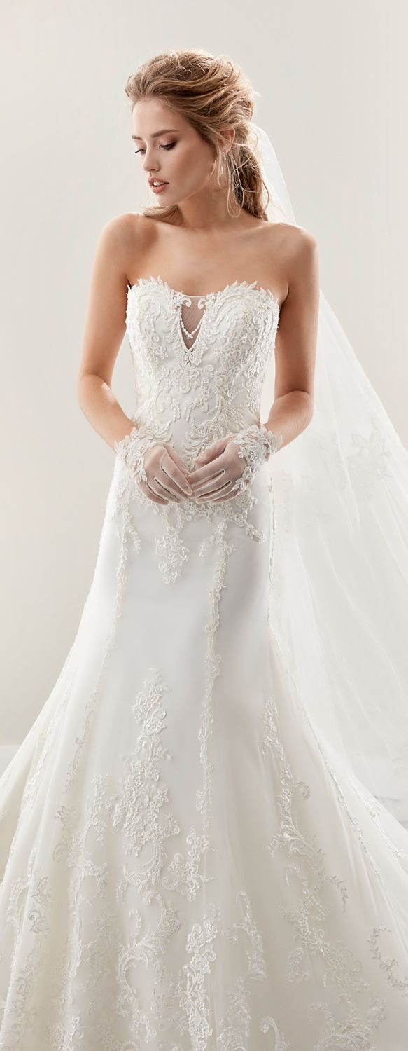 """Jolies ivory """"A"""" line dress, in tulle with macramè beading lace.  Jolies 2017 Collection"""