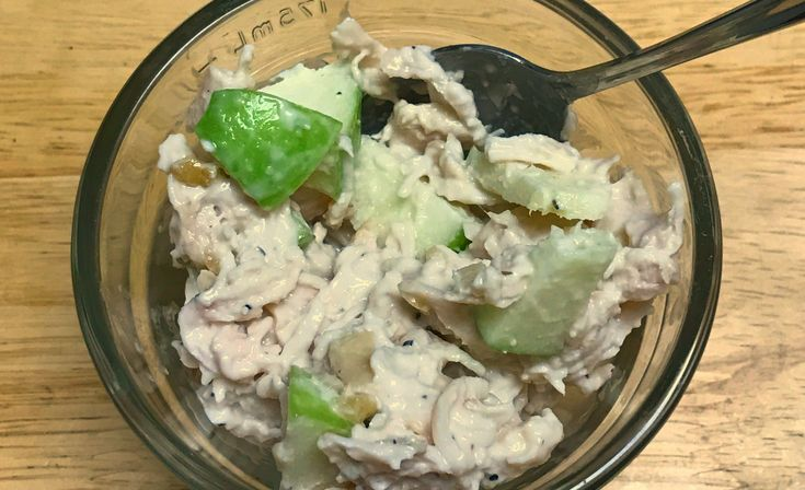Best Ever Chicken Salad - I love the crunch of the apples and walnuts. This is so easy to make. It's my go to for my weekly lunch. via @donnahup
