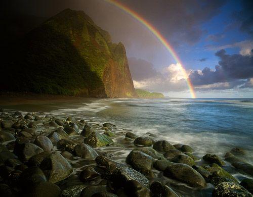 HawaiiBeach Scene, Buckets Lists, Rainbows Connection, Favorite Places, The Ocean, North Shore, Beach Rainbows, Nature History, Ocean View