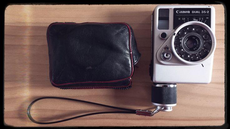 Un #Canon plutôt original, il s'agit d'un #DIAL 35-2. Malheureusement pour moi, non fonctionnel donc retour à l'envoyeur ! www.stephanemoreau.fr
