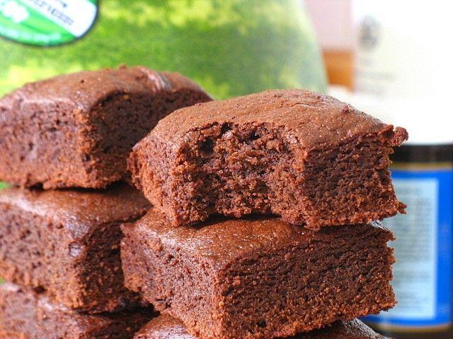Brownies protéinés au chocolat cru et tofu