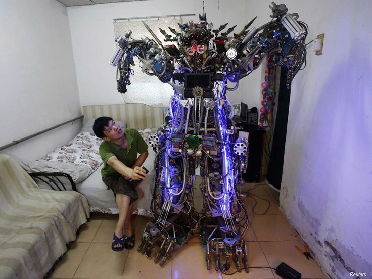Here+are+the+15+most+amazing+home+made+robots,+tanks,+and+vehicles+in+China
