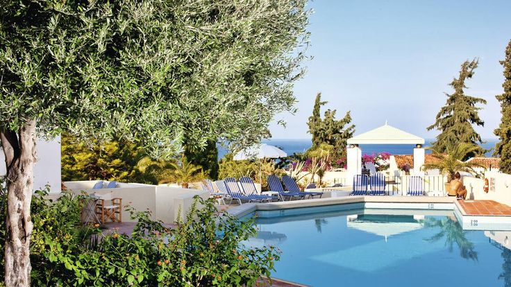 £357 - Galaxy Villas, Heraklion Crete Nice views but 20 min drive to beach