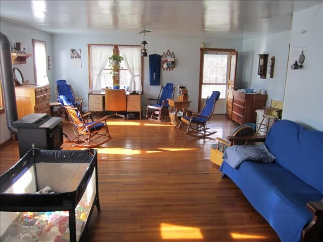 Nice Inside Amish Home By Marathon Ny Amish Furniture And Cabinet Builder