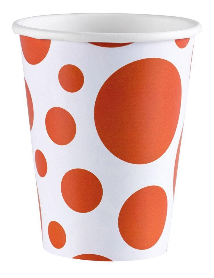 Kubki papierowe pomarańczowe kropki wraz z serwetkami i talerzykami stworzą doskonały zestaw dekoracyjny na wieczór panieński.