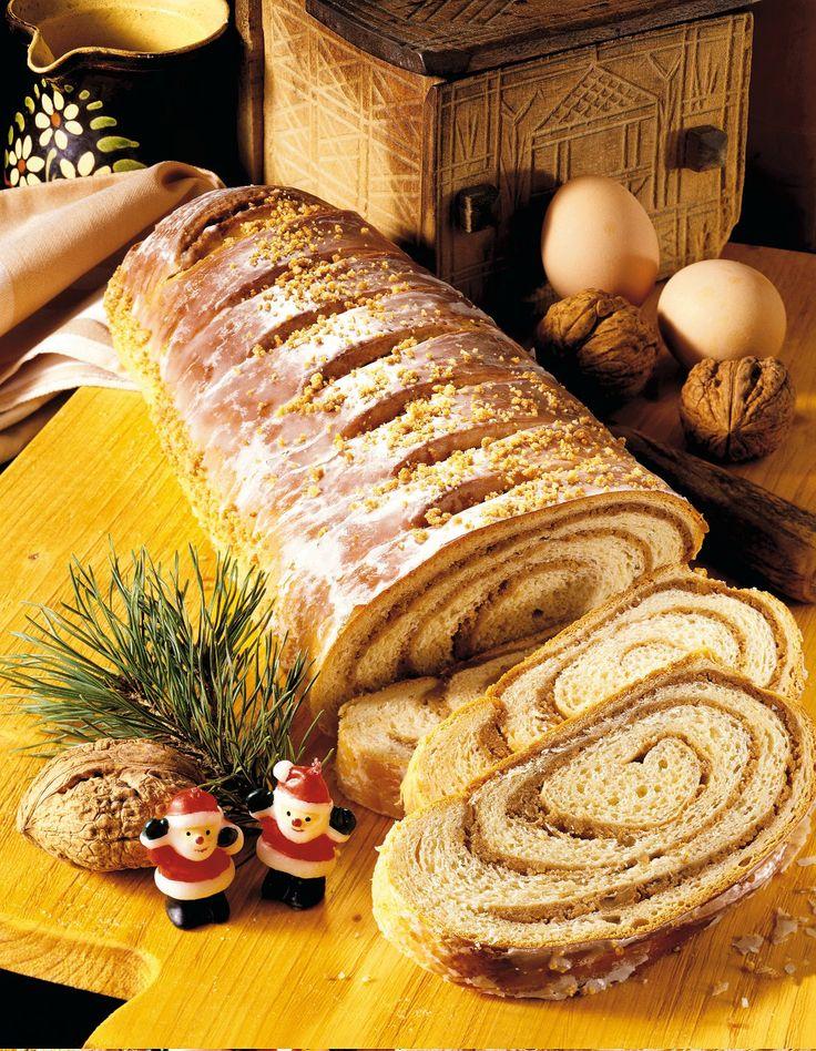 COZONAC (dolce rumeno tipico delle feste)