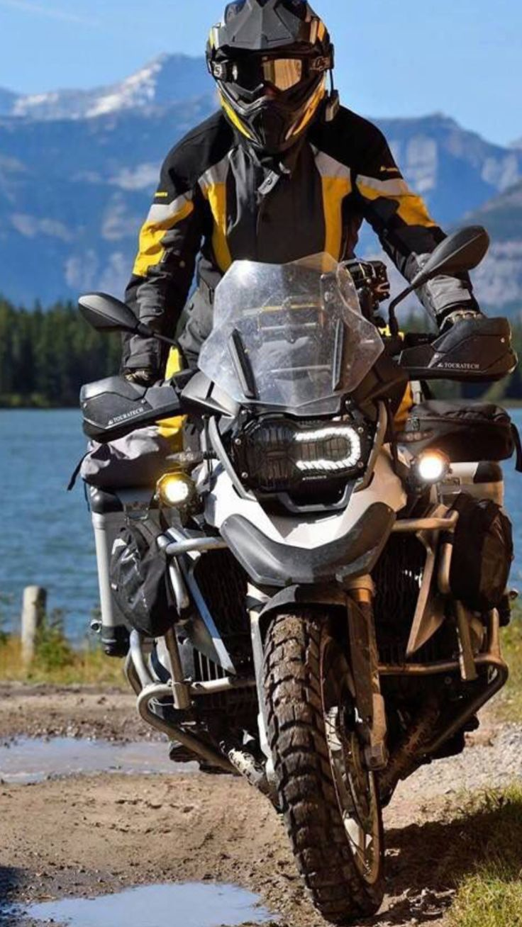 Bmw r 1200 gs adventure i am coming for you