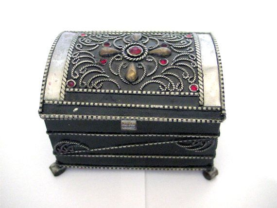 Schmuckschatulle Schmuck Brust dekorierten Box von VintageAnd4All