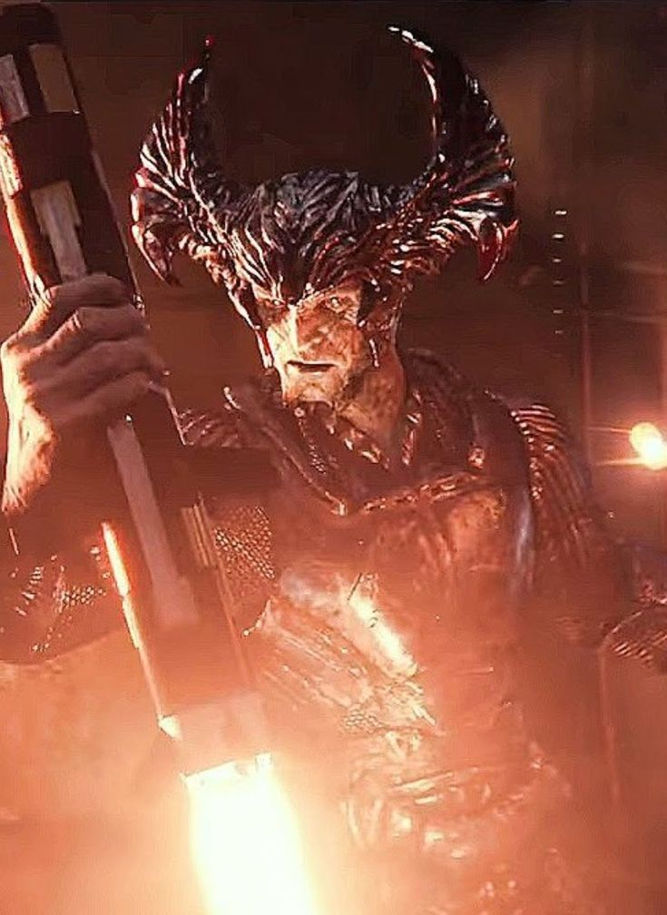 Justice League Movie Scene Showing Main Villain Steppenwolf Facing Off Against The Justice League For The First Time, Check Out 19 Easter Eggs and Missed Details From Justice League Movie - DigitalEntertainmentReview.com