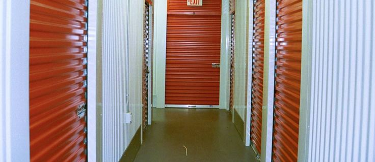 Acworth self-store with climate controlled storage units