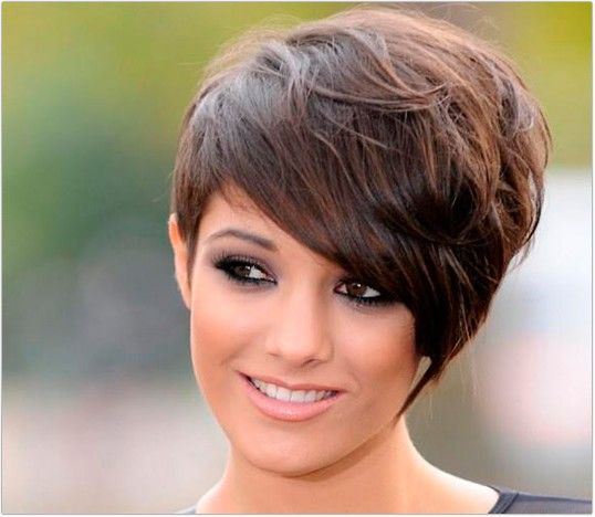 haircuts for in their 20s 25 best ideas about hairstyles with fringe on 3446