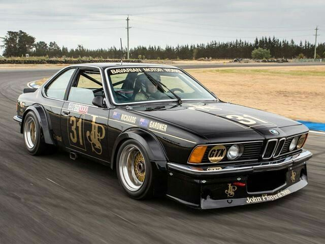 School BMW 635 CSi Australian Touring Car Will Race At Silverstone