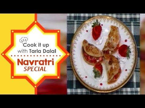 Navratri Special Recipes | Cook It Up With Tarla Dalal | Strawberry Malpua - http://howto.hifow.com/navratri-special-recipes-cook-it-up-with-tarla-dalal-strawberry-malpua/