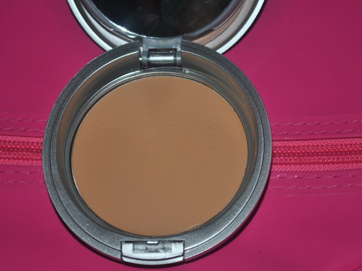 Colorbar Triple Act Compact Review