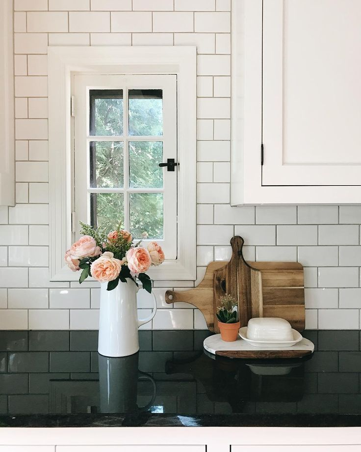 Kitchen Windows: 25+ Best Ideas About Kitchen Window Shelves On Pinterest
