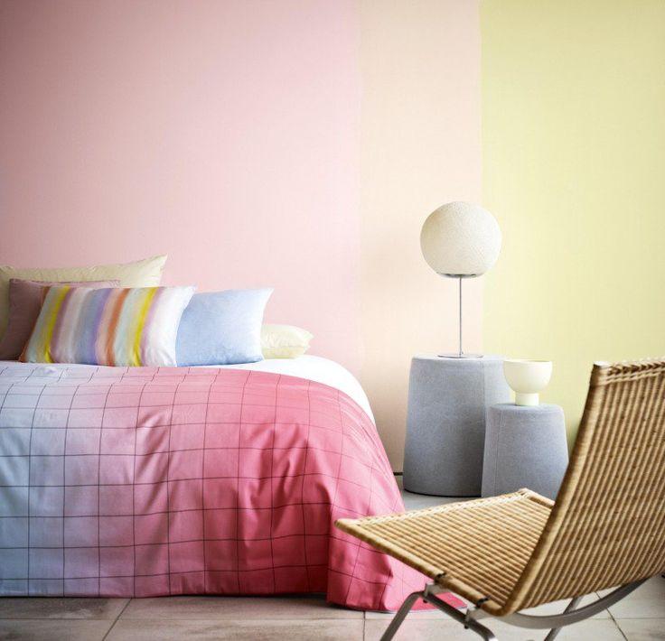 Les 25 meilleures id es de la cat gorie peintures jaune - Peinture mur chambre a coucher ...