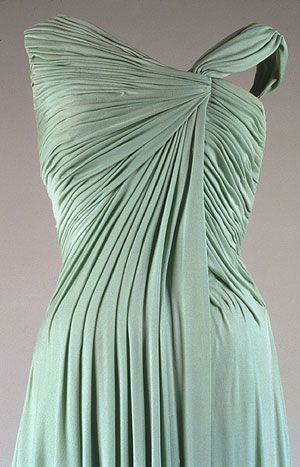 bodice detail Oleg Cassini, 1962 for Jackie Kennedy (White House dinner honoring Nobel Prize Laureates of the Western Hemisphere)