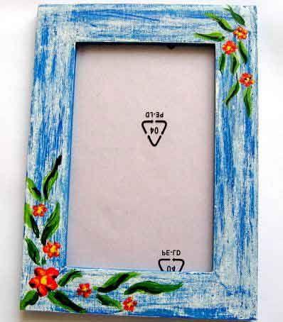 #Rama #lemn cu #model floral pe #fundal #epoca #culori #albastru si #blue, rama #foto. Un #articol care face parte din categoria produselor pentru #casa / pastrare #amintiri. Este potrivita pentru o #poza avand dimensiunile 10 cm x 15 cm. http://handmade.luxdesign28.ro/produs/rama-lemn-cu-model-floral-pe-fundal-epoca-culori-albastru-si-blue-rama-foto-15413/