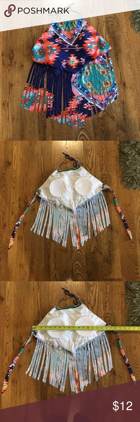 Fringed tribal/festival bathing suit top Never worn, size small but fits more like a large fringe bathing suit top. Too big for me. Removable pads. Would pair great with cut offs or some orange bathing suit bottoms 🍊 would love to answer any questions and don't forget the offer button below 👇🏼 Swim Bikinis