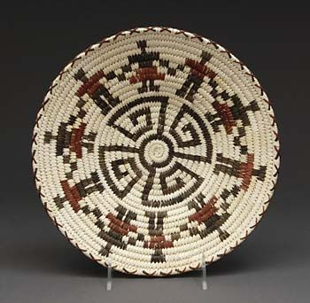 Coiled Basket by Marian Cruz (Tohono O'odham)