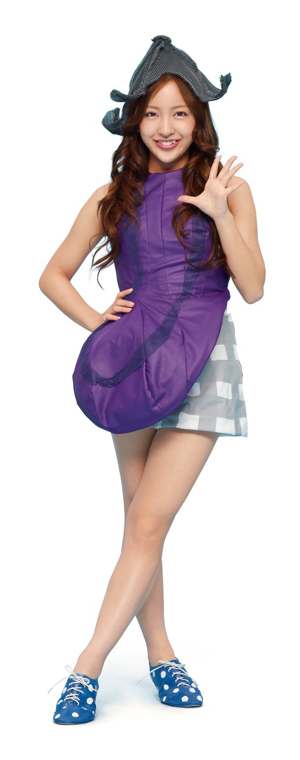 I am the Eggplant -- coo coo ka choo -- !!!  Tomomi Itano in the AKB48  vegetable juice commercial