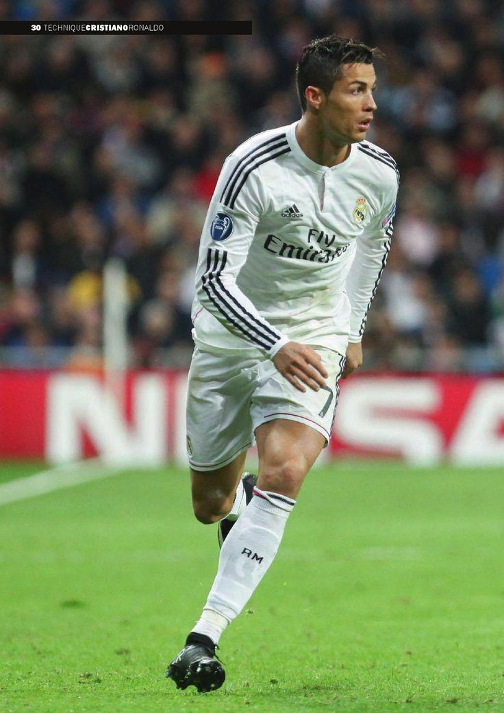 Pourquoi Cristiano Ronaldo est il aussi rapide techniquement ?  Si le Portugais jouit d'un physique exceptionnel et d'une pointe de vitesse hors du commun, l'analyse biomécanique de sa gestuelle démontre surtout qu'il est un joueur unique. Décryptage biomécanique de la technique de Cristiano Ronaldo - Instinct football