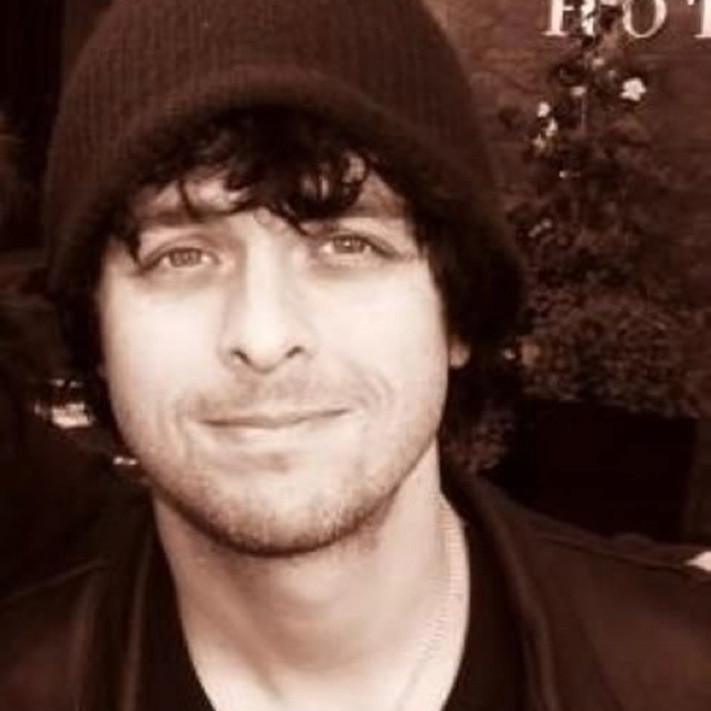 Such a nice pic of Billie