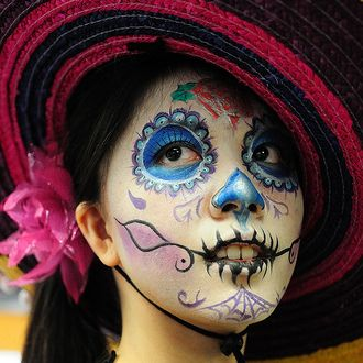 Find face paints for Halloween at Hobbycraft http://www.hobbycraft.co.uk/celebration/halloween #facepainting #halloween