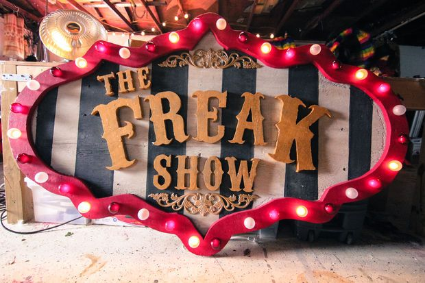 Now this is the perfect Marquee for a circus themed event! Love it! Amazing DIY at instuctables.com!