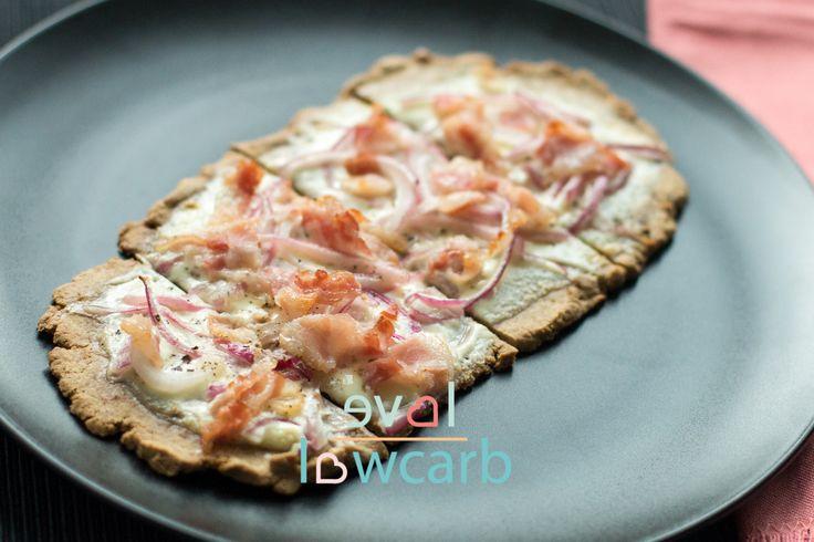 Low Carb Pizza und Flammkuchen Teig