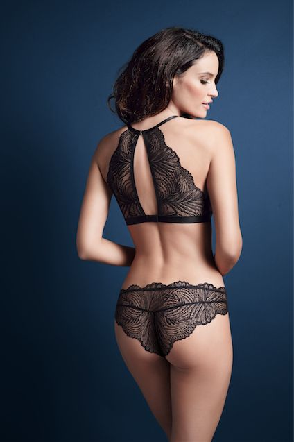Beautiful and elegant #triumphligerie. Photographed: Iconic Essence wired padded bra with matching briefs