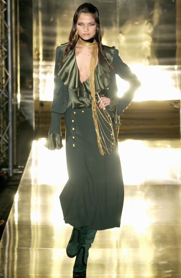 jean louis scherrer at couture fall 2005 couture fashion boards and business casual. Black Bedroom Furniture Sets. Home Design Ideas