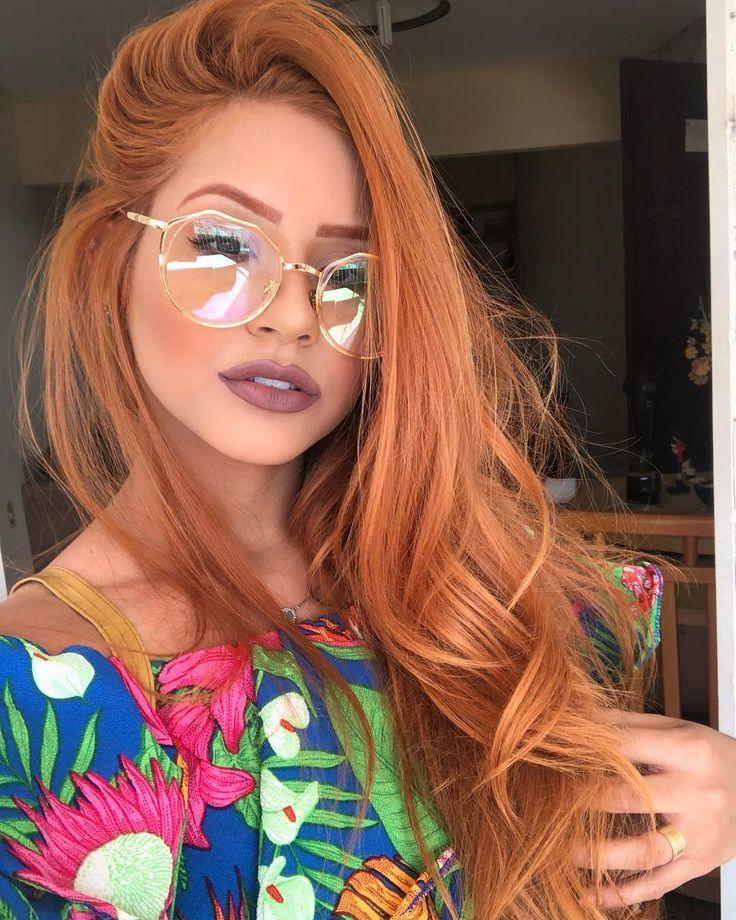 Óculos para rosto redondo: dicas para escolher o ideal e 60 modelos | Óculos para rosto redondo, Penteados de trabalho, Penteados perfeitos