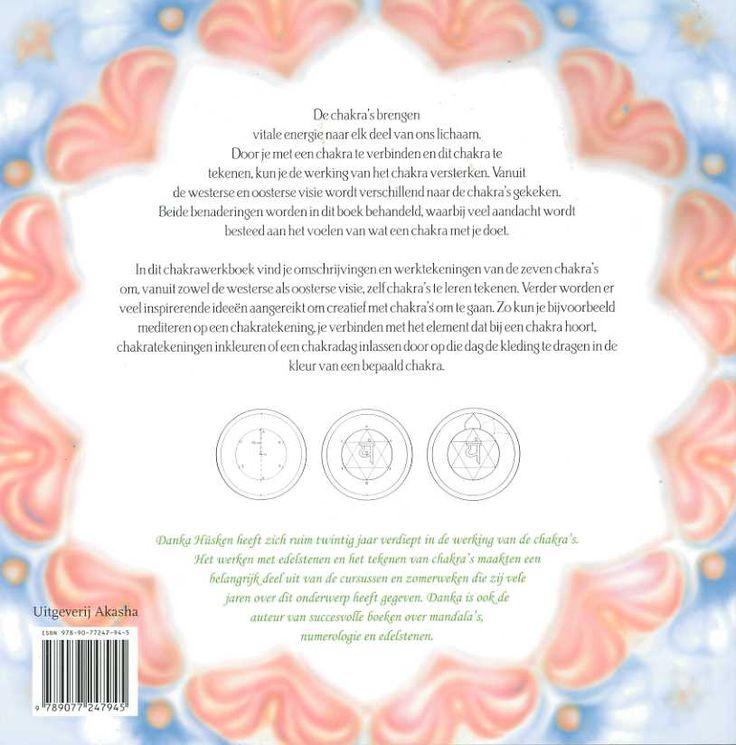 In dit boek werk je met de Boeddhistische en de westerse tradities. Aan jou de keus waarmee je wilt beginnen. Voor ieder chakra worden twee uitwerkingen gegeven. Aan de hand daarvan kun je zelf aan de slag.