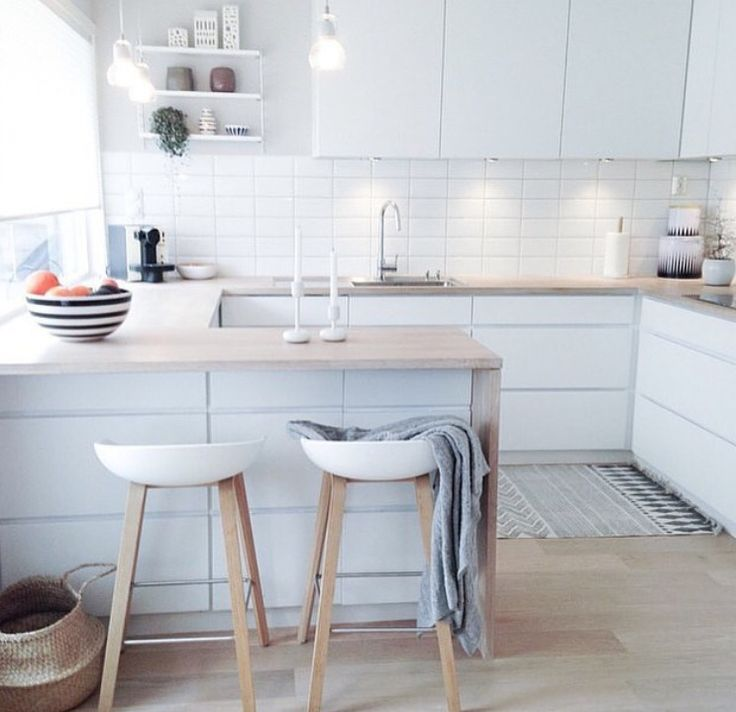 Beautiful kitchen, cabinets, flooring