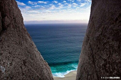 Sea between the rocks #josafatdelatoba #cabophotographer #landscape #sea #loscabos #cabosanlucas