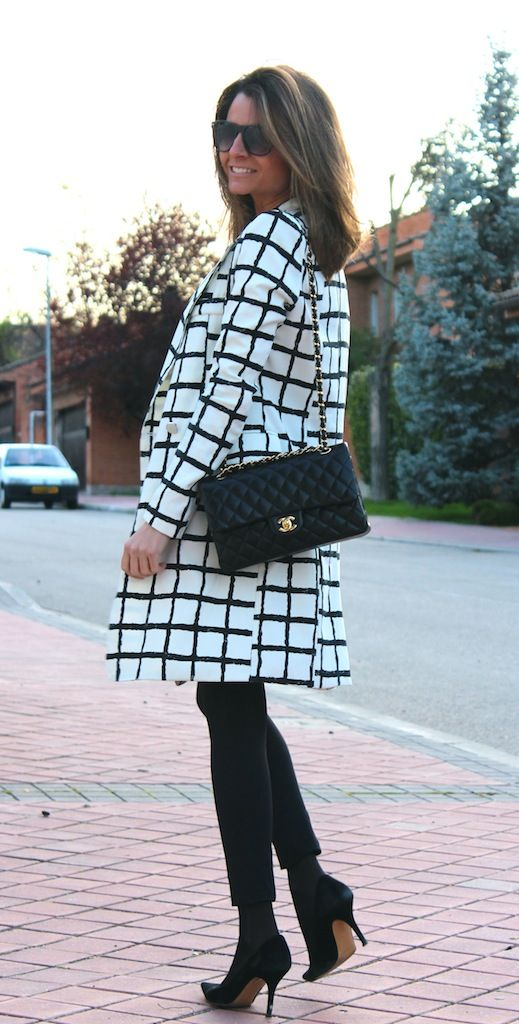 Fashion and Style Blog / Blog de Moda . Post: Teria Yabar Coat / Abrigo de Teria Yabar.See more/ Más fotos en : http://www.ohmylooks.com/?p=14039 by Silvia