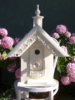 vintage inspired bird house.. love it.. not sure I could put this one outside! too pretty!