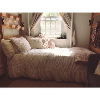 This comfy spot. | 26 Incredibly Cozy Dorms You'd Actually Want To Live In