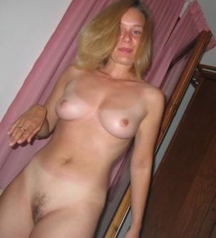 lonely wife dating