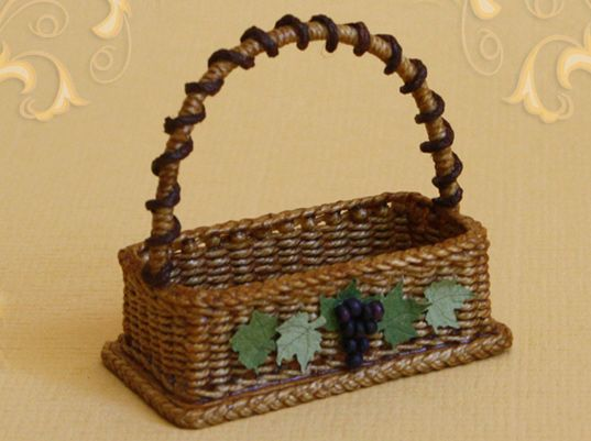 WC/304, wicker basket, grape decoration, scale 1 : 12, made by Will Werson.