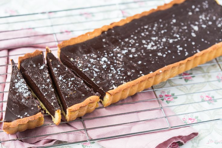 This Thermomix chocolate tart is almost forbidden it is that good. The sea salt really complements the taste of the chocolate and deepens its flavour.