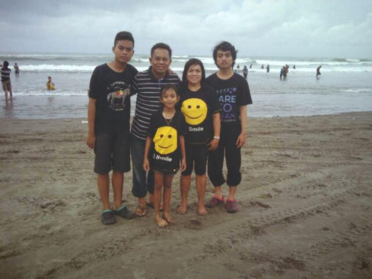 Parangtritis with my family #holiday #yogyakarta