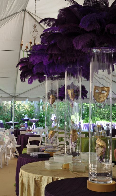 Mardi Gras Tablescapes | The Everyday Hostess