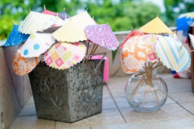 How fun is this? Make them for showers, birthday parties, outside entertaining!
